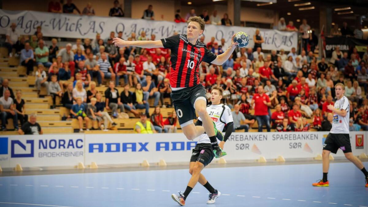 Sondre Paulsen, her mot Halden i hjemlig serie, vartet opp med 9 mål på like mange forsøk mot Lugi.