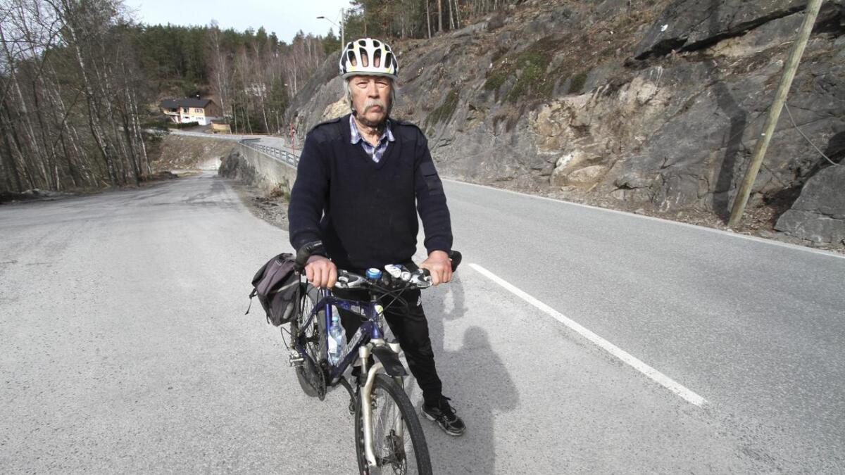 Vidar Berg (Frp) mener Skotfossvegen er Skiens farligste for de som går og sykler. Han er skuffet over rådmannen vil utette at gang- og sykkelveien til Vadrette i fem år.