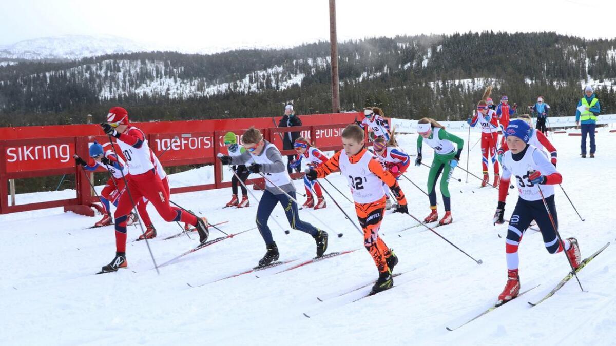 Startskotet for langrenn på Voss går 15. desember. Då er det Voss Sparebankrennet. Her frå Parkstafetten sist vinter.