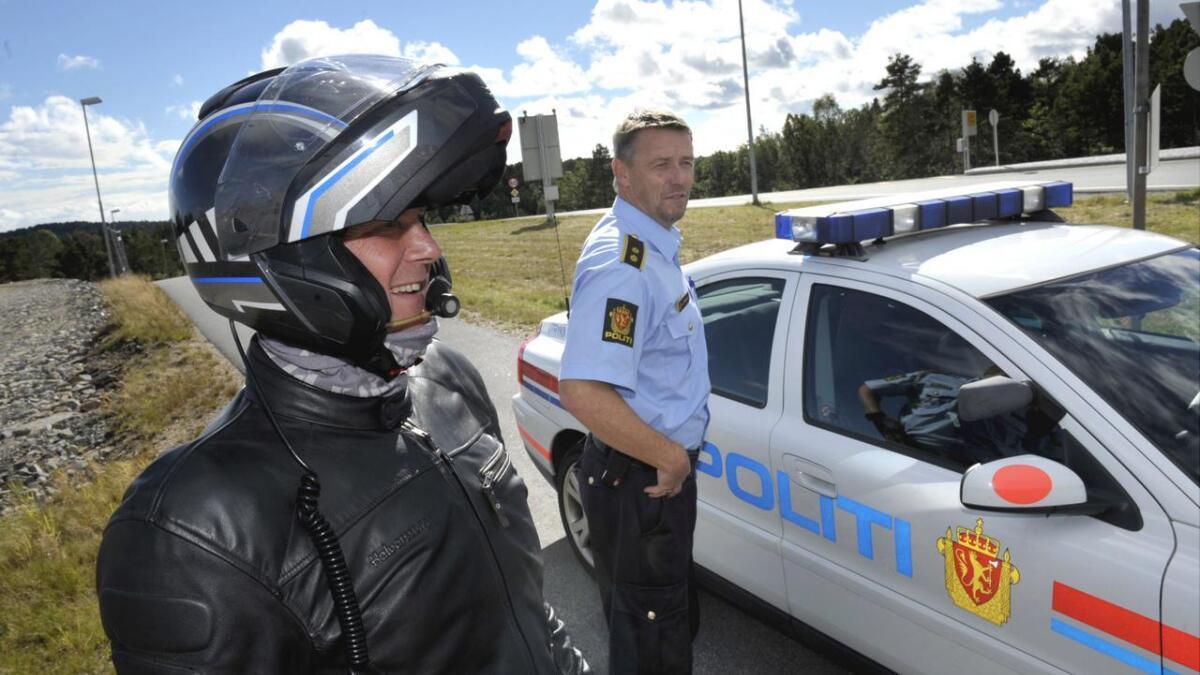 UP-sjef Øystein Krogstad sammen med Oddmund Jensen på Gaupemyr i Lillesand. Det var sistnevnte som innhentet 38-åringen på motorsykkel.
