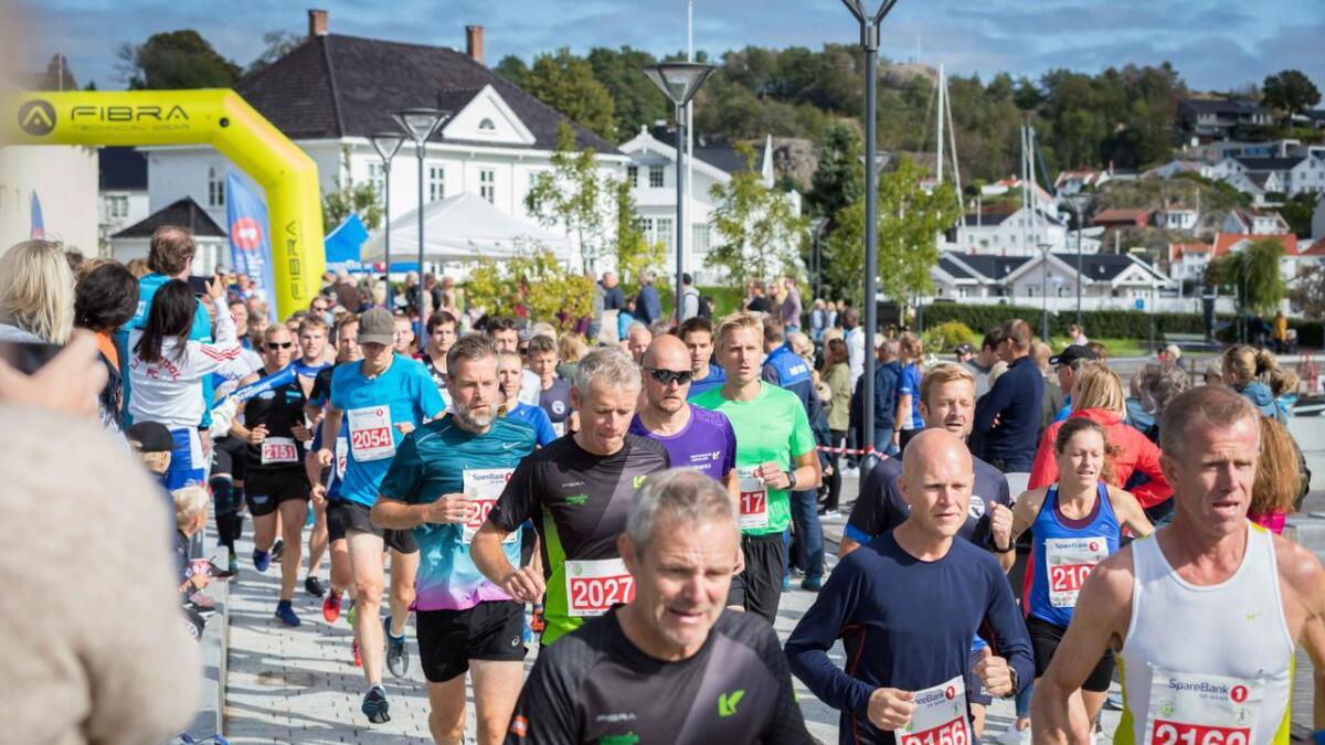 Grimstad Maraton 2019 skapte enorm stemning i byens gater.