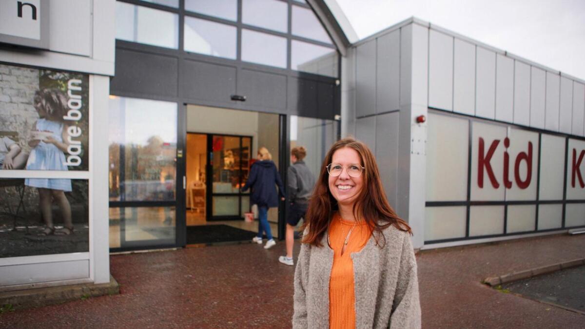 Senterleder Hilde Beate Jørgensen Engene ved Alti Arendal og Alti Harebakken gleder seg til navnefest til uken.