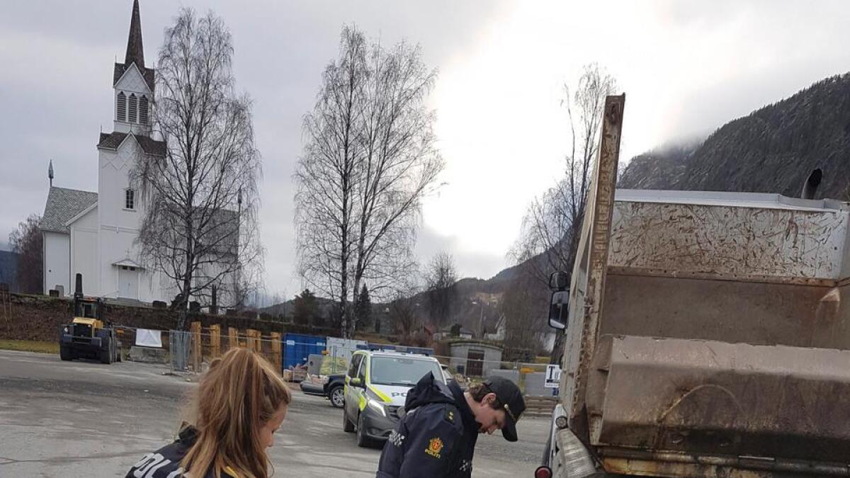 Ulykka i Nesbyen i november der ei ti år gammal jente på veg til skulen vart påkøyrt.