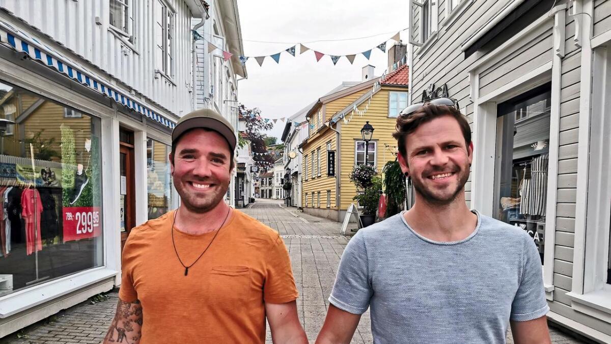 Bård Eide (35) og Knut Katerås (38) gir hverandre sitt ja i Landvik kirke i Grimstad førstkommende lørdag.