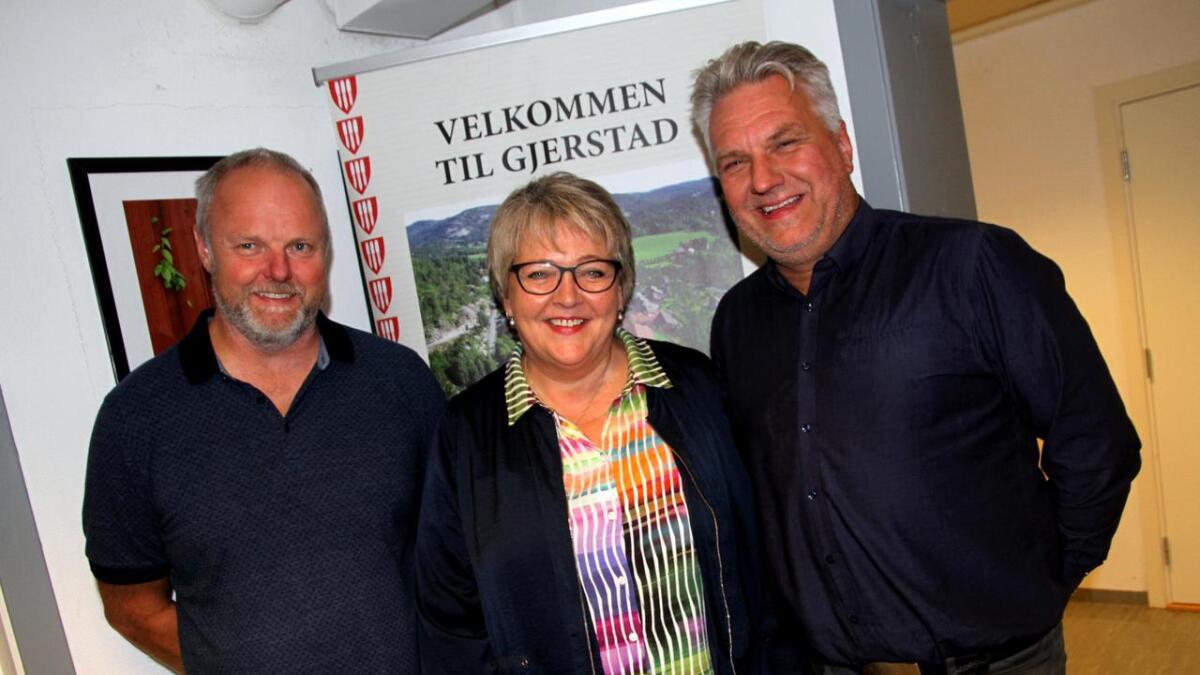 Steinar Pedersen (H), Inger Løite (Ap) og Halvard Skaaland (Frp) har funnet tonen i Gjerstad.