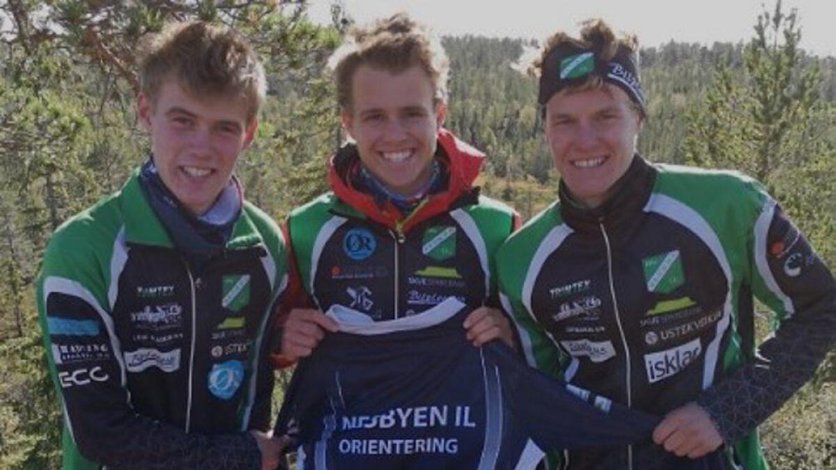 Kristen Mikkelsplass, Vegard Myklemyr og Kristian Mikkelsplass vart nest beste buskerudlag i O-NM i helga.