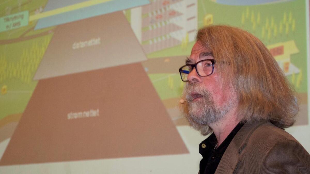 Einar Flydal har brukt mye tid på å sette seg inn i helsespørsmål knyttet til elektromagnetiske felt, blant annet i tilknytning til AMS-målere.