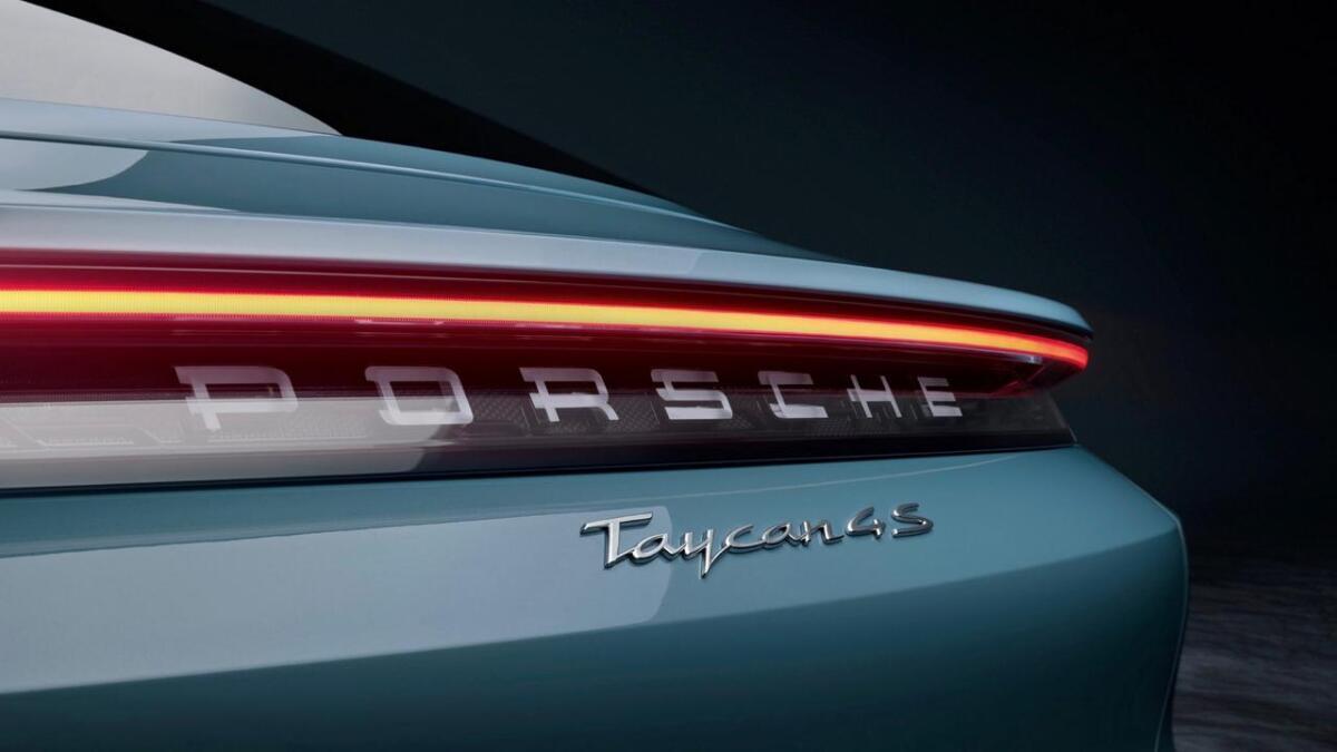 4S er innstegsmodellen til Porsche Taycan.