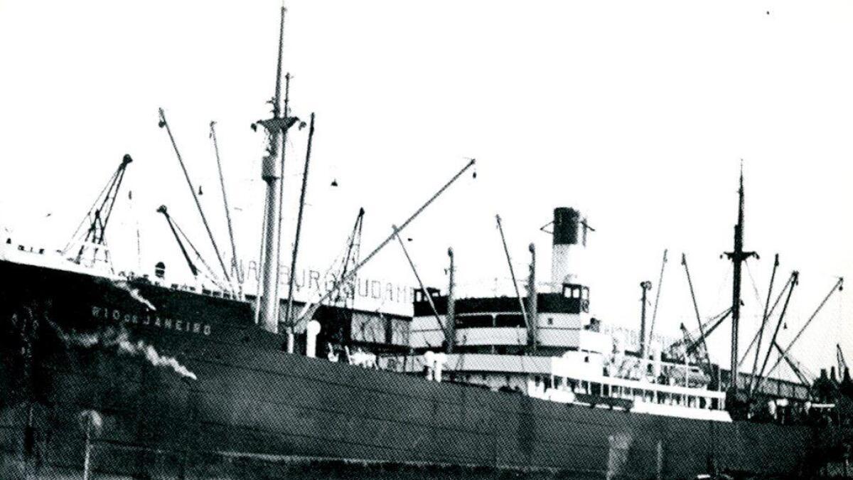 9000-tonneren «Rio de Janeiro» tilhørte 1. Seetransportstaffel og var rekvirert av Wehrmacht 7. mars 1940. Det skulle ankomme Bergen rett etter at byen var blitt erobret av tyskerne. Totalt var det 380 mann ombord, pluss hester, kjøretøyer og utstyr.