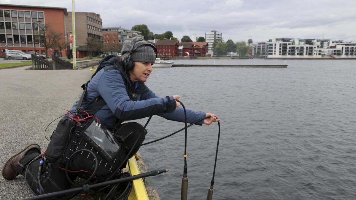 Kunstner Jana Winderen har med seg et overraskende stort lydbilde fra under vann, som fisk som uler og grynter. Begge