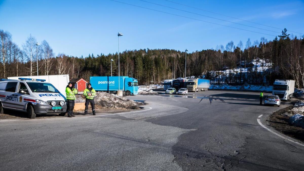 Politiet gjennomførte nok en kontroll på E18 ved Haslestad fredag. Tolv bilister ble bøtelagt. Bildet er tatt ved en tidligere anledning.