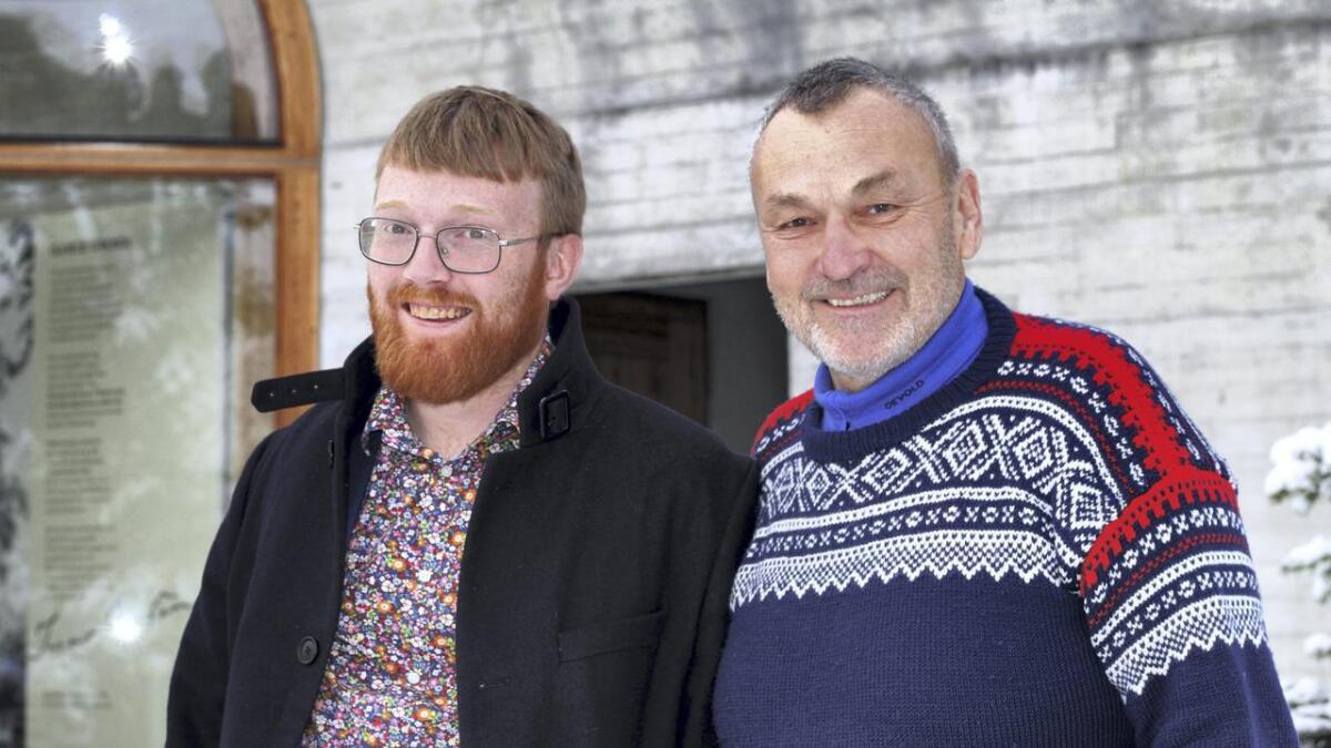 Styreleiar Lodve Solholm og direktør Per Magnus F. Sandsmark i Nynorsk kultursentrum er nøgde med at dei no får 1,4 millionar i ekstra i driftstilskot til Nynorsk kultursentrum for å etablere Vinje-senteret.