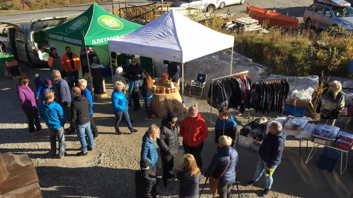 Då bygdedagane i Uvdal vart avvikla, tok Øygardsgrend over stafettpinnen, men i mindre format. Laurdag er det klart for marknadsdag.