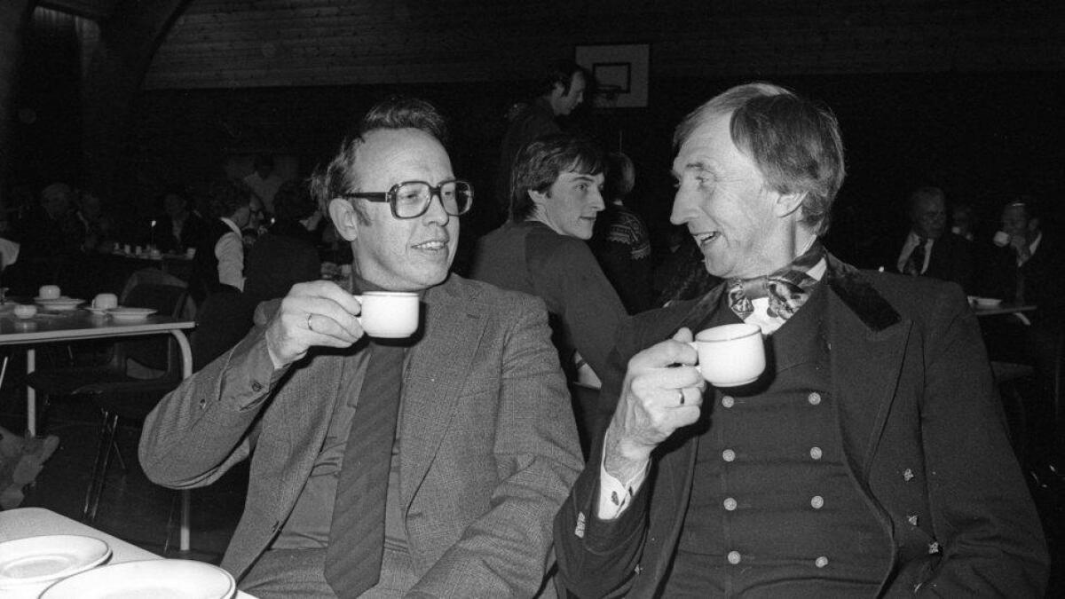 Frank Kolberg og Odd Bakkerud på kulturkveld i Flå.