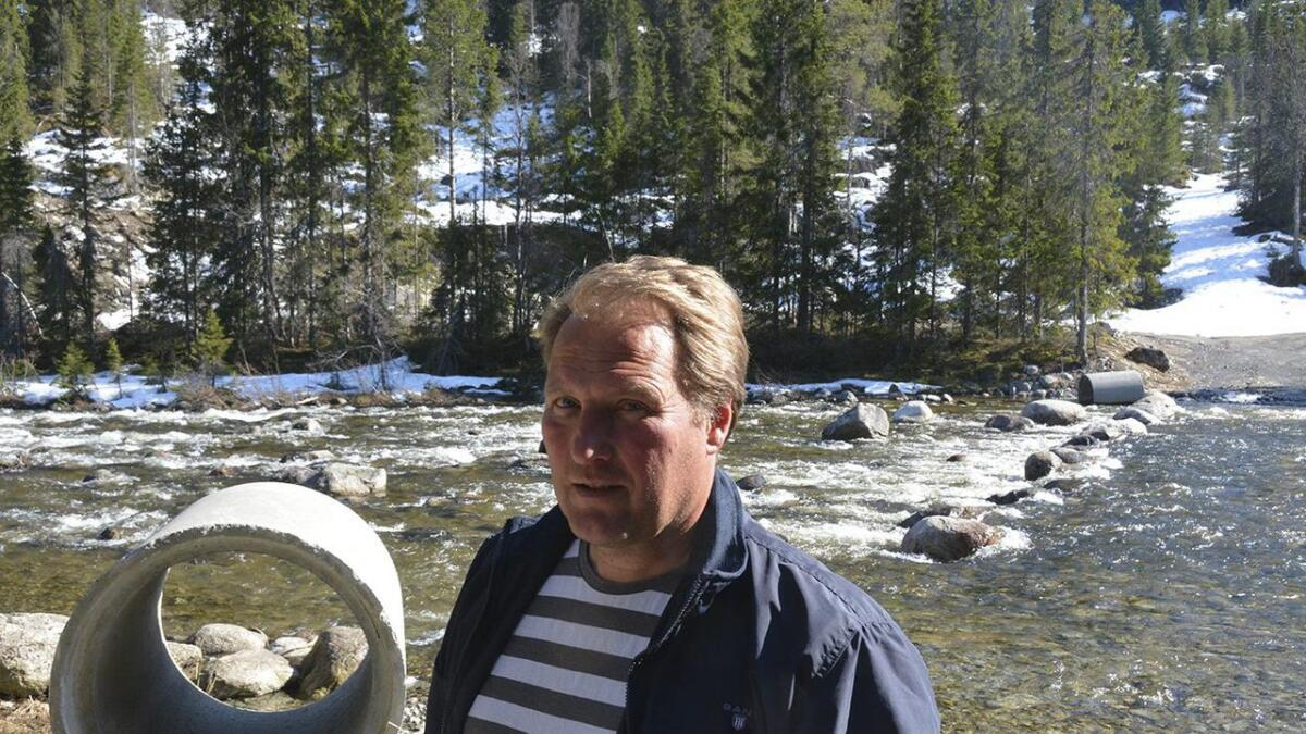 Per Kåre Kvålen kan no gå i gang med arbeidet me å etablere Holldalen massetak i Haukeli.