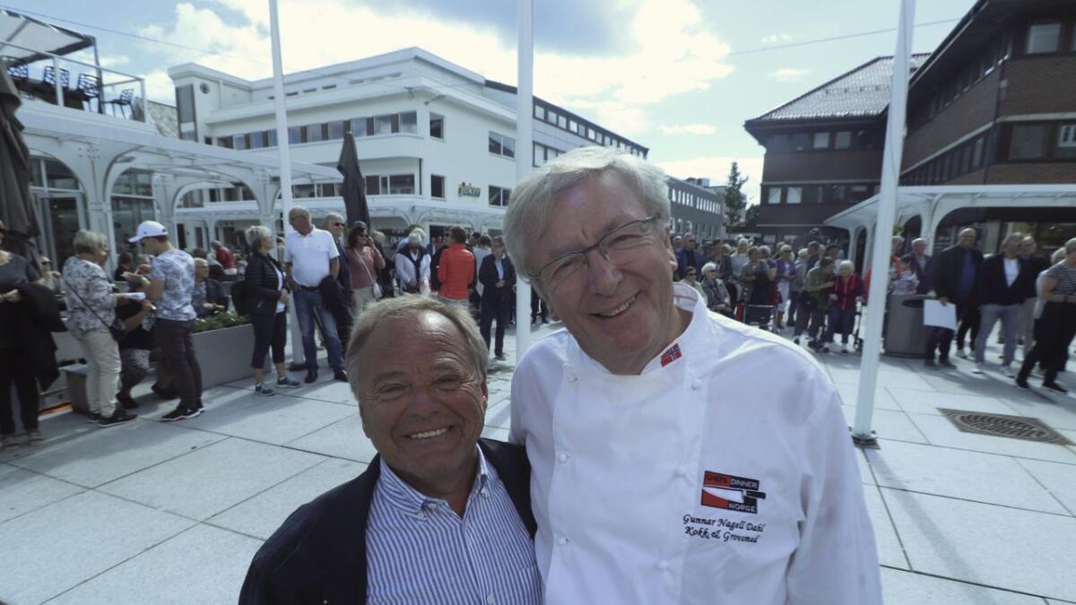 Hans Bjørn Bakketeig og Gunnar Nagell Dahl har kjend kvarandre lenge. Laurdag stod sistnemnde bak ein stor innsamlingsaksjon til Bakketeig sitt Hjelp Moldova.
