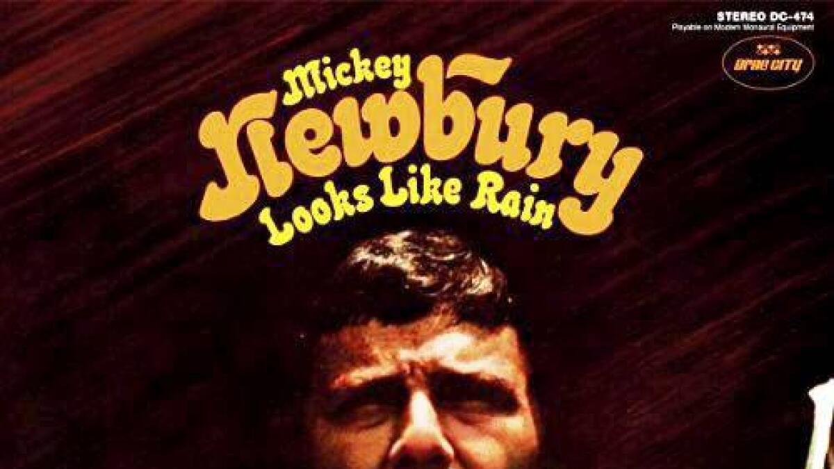 Mickey Newbury ga ut «Looks like rain» i 1969.