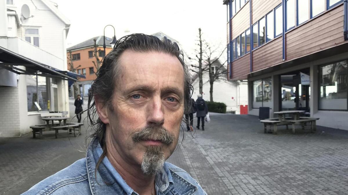 Lars Slettebø meiner innbyggjarane er forbigått i den store regionsreforma. No set han i gang opprop for å folk flest i Sunnhordland skal få sagt kva dei meiner om storfylket.