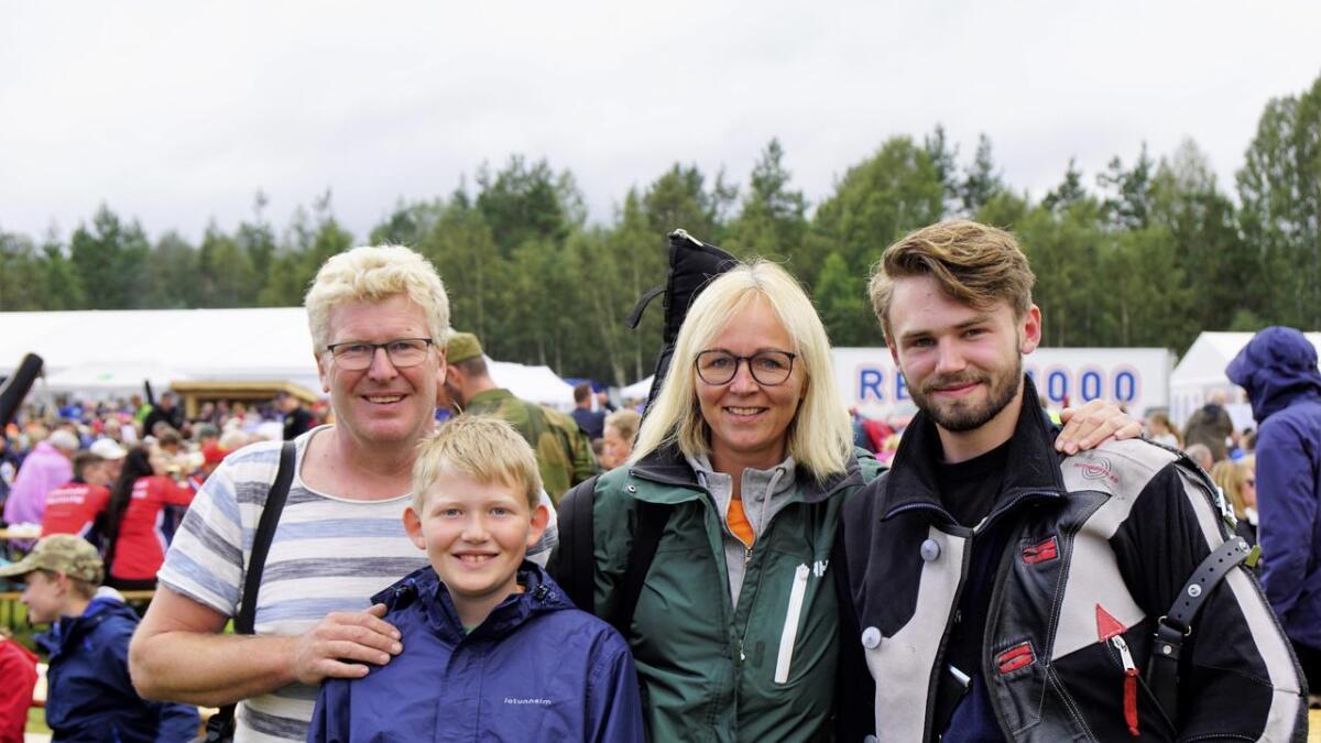 Geir, Daniel, Caroline og Emil.