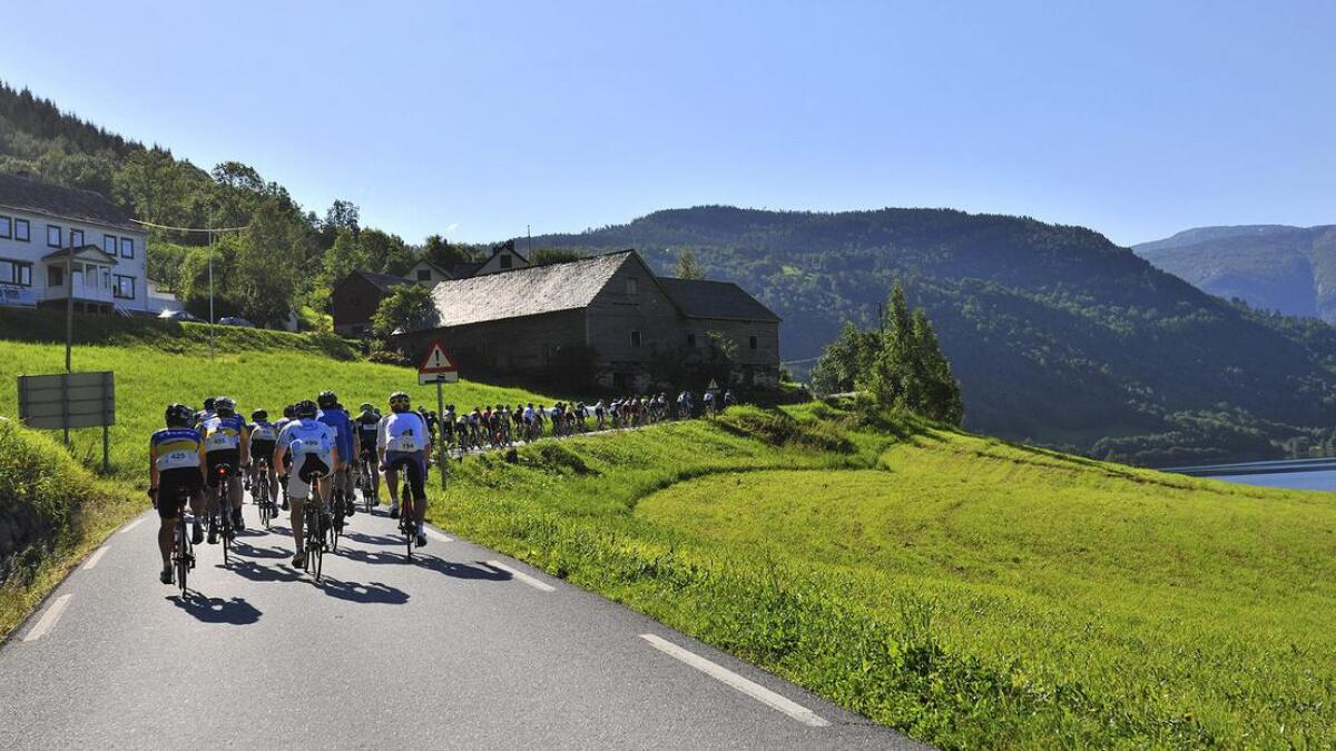 Laurdag går sykkelrittet Voss-Geilo. I samband med det vert Espelandsvegen einvegskøyrd mellom klokka 10.30 og 12.30.