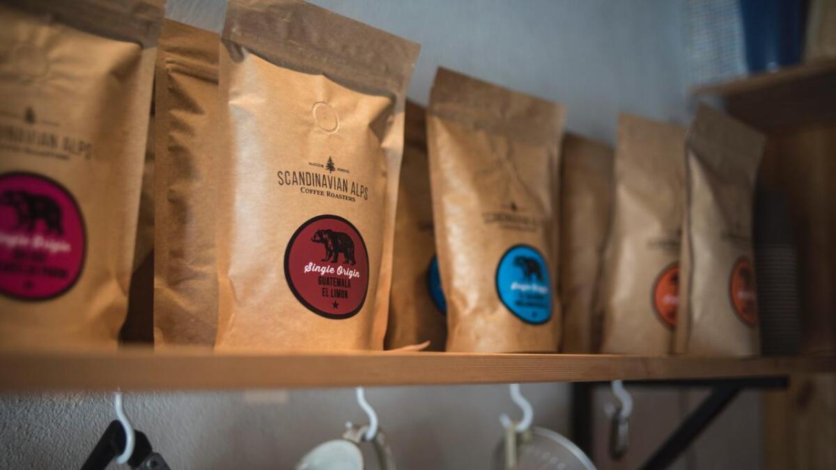 Adrian Seligman importerer bønner frå mellom anna Guatemala. Landet er ein av Mellom-Amerikas største kaffiprodusentar.