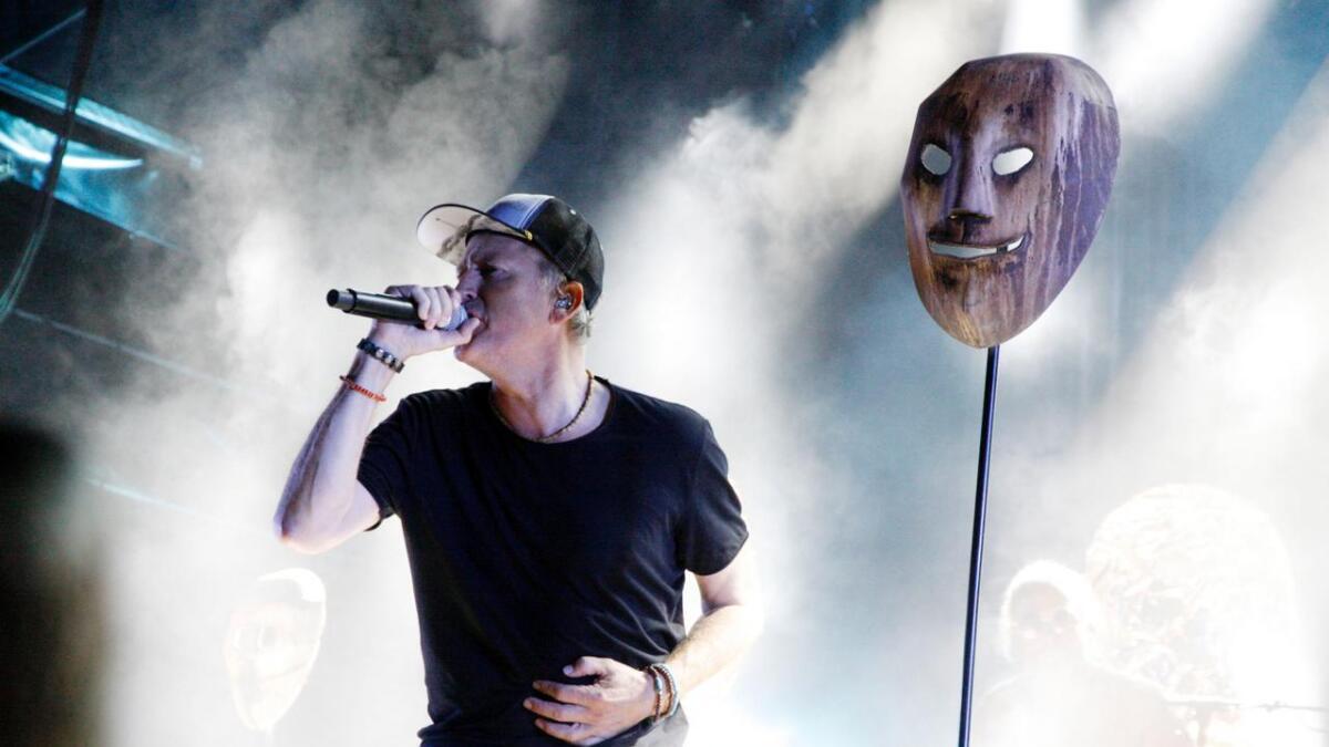 Morten Abel i front for The September When med en solid konsert lørdag kveld under Treungenfestivalen.