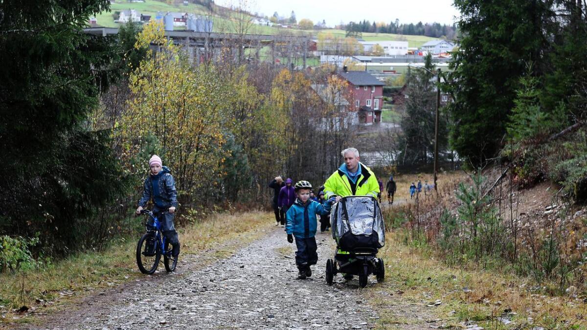 Viljar har i mange år inviteret til turmarsj i Bømoen. Her frå arrangementet i 2018.