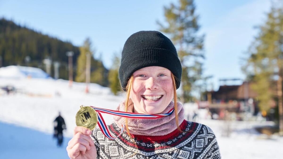 Kamilla Espeli Olsen vart norgesmeister i slopestyle og big air for yngre junior.