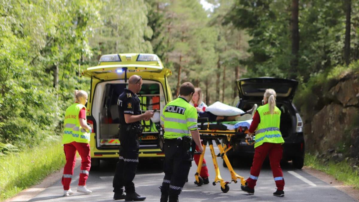 Den mannlige føreren i 40-årene ble sendt til sykehus i Arendal etter ulykken.