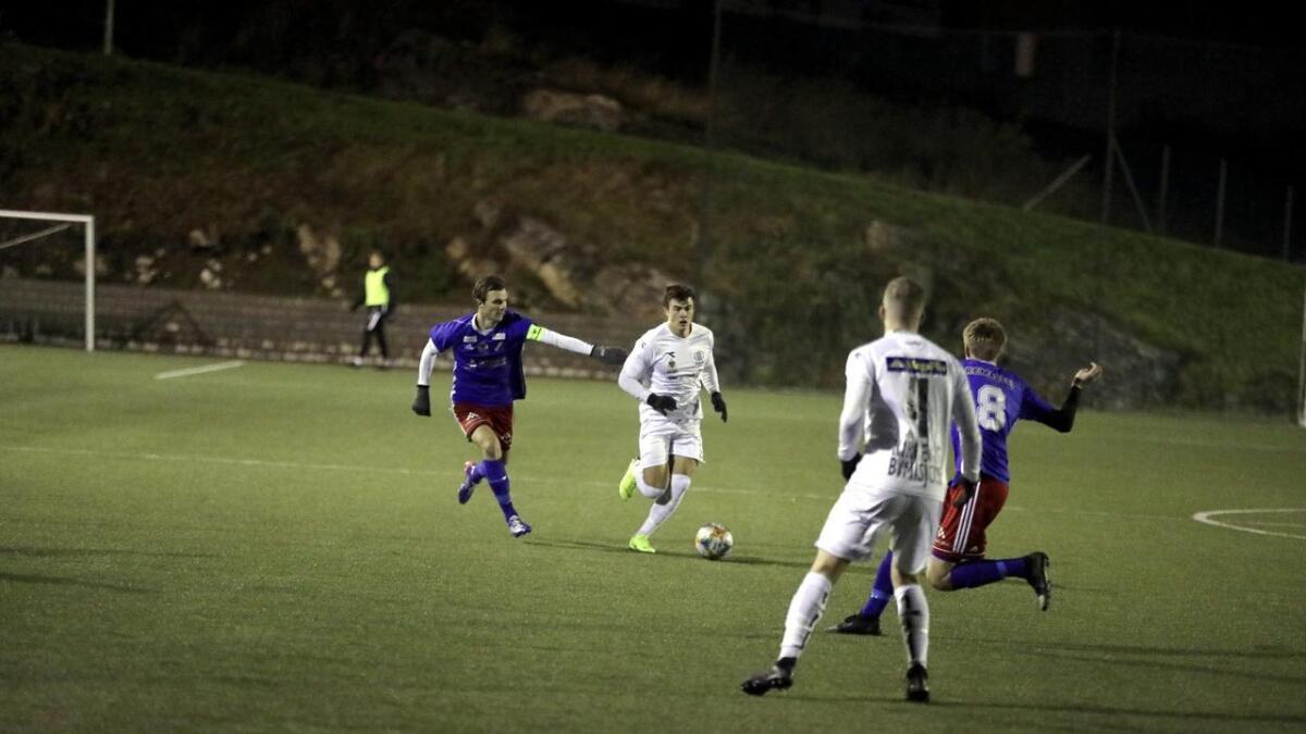 Mathias Pedersen og Urædd trøblet mot Stathelle, men med seier har de stadig stø kurs mot kvalifisering til 3. divisjon.