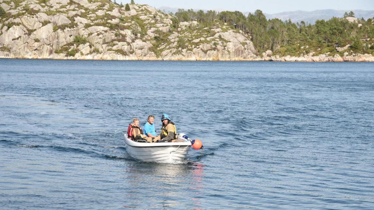 Bømlo brann og redning rykte ut med båt då det kom inn melding om båtbrann fredag i førre veke