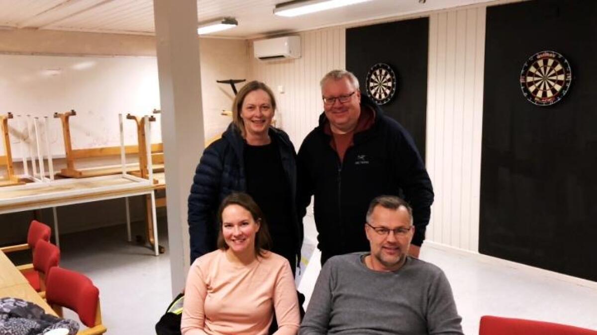 Aktiviteten i skigruppa i Lødingen IL er berget. Dette etter at nytt styre er på plass. I tillegg til Kine Pedersen (foran tv) som friskt pust består styret av Hilde Kjellbergvik (leder), Ronald Naustvik og Knut Kjellbergvik.