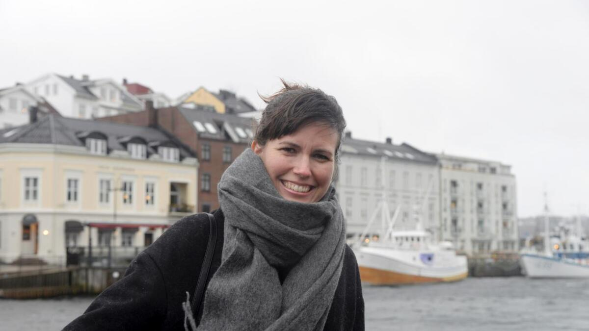 Cecilie Sachs Olsen har både Arendal kulturskole og Arendal Dramatisk Selskab som ballast. I tillegg til en doktorgrad og over 40 kunstprosjekter i 9 europeiske byer ...