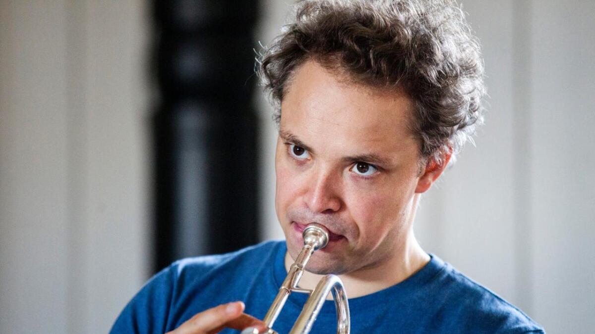 Vart og vakkert, intenst og dramatisk. Trompetar Eivind Lønning meistrar dei ulike sidene av messinginstrumentet.