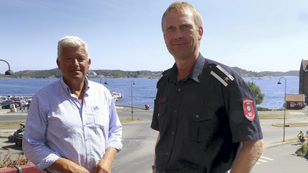 Knut Jarle Sørdalen og Sp (til høyre) går mot et brakvalg i Kragerø. Jone Blikra (til venstre) og Ap går kraftig tilbake - og partiene er dermed like store.