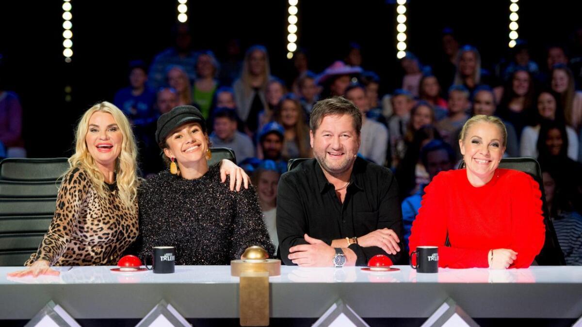 Mia Gundersen (t.v.), Mona Berntsen, Bjarne Brøndbo, Janne Formoe.