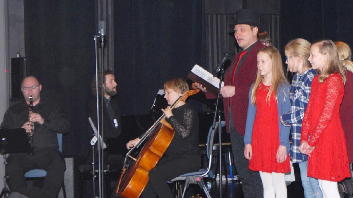 Forestillingen ble avsluttet med en fiktiv fortelling om kulturskolen og opphavet til den, fortalt av Torgeit Stensland og musikere spilte til, mens elevene nynnet til sangen i fortellingen.