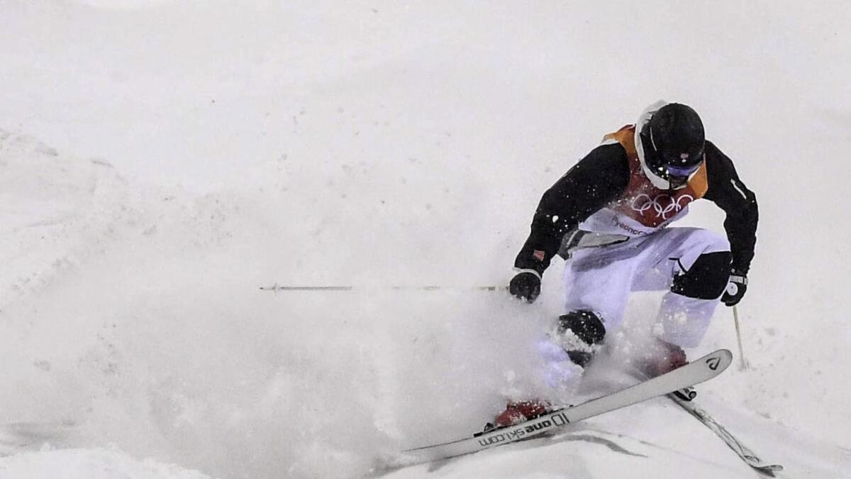 Vinjar Slåtten landar svakt på fyrste hoppet i superfinalen. Dermed blir han nummer 6 i OL etter å ha køyrt tre gode renn før superfinalen.