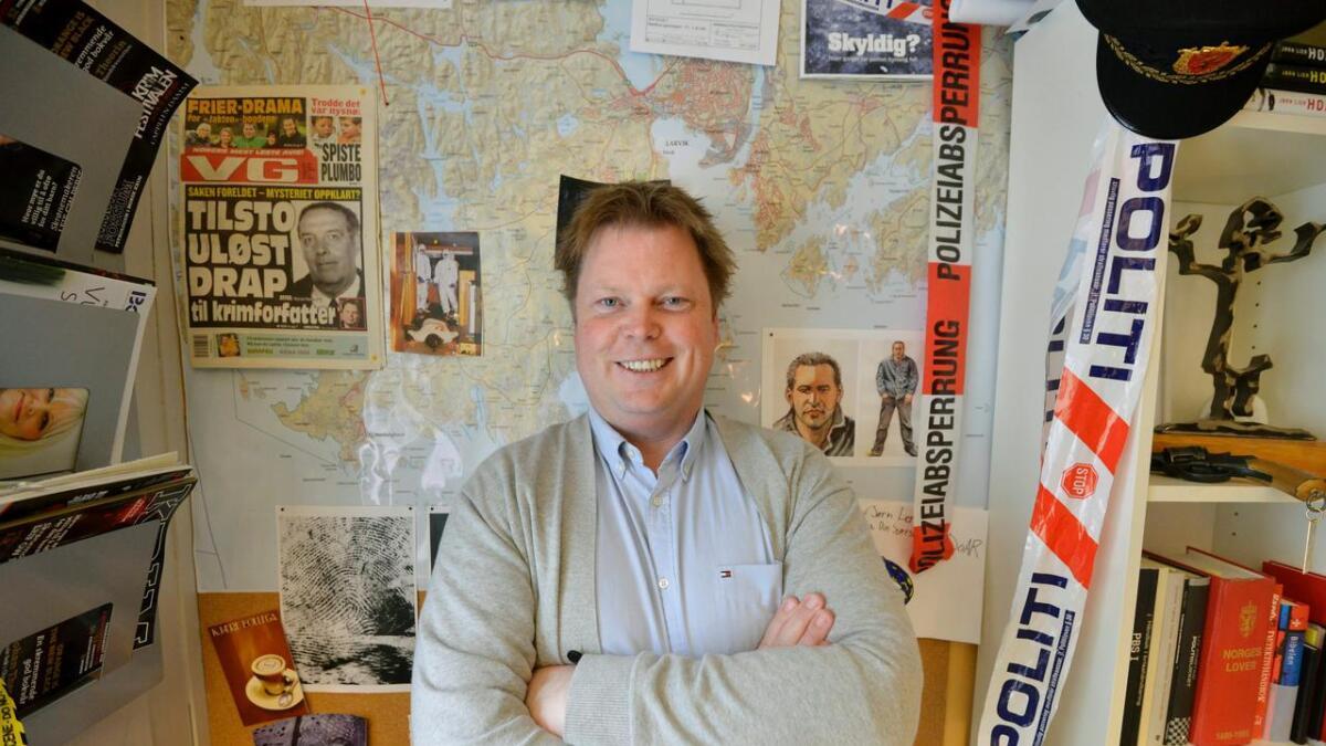 Kriminalromanforfatter Jørn Lier Horst er klar med ny bok på nytt forlag. Politihelten William Wisting blir også TV-serie.
