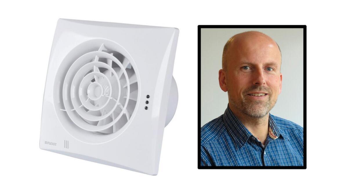 Flexit har tilbakekalt den eldre versjonen av baderomsviften Silent Eco grunnet brannfare. Til høyre administrerende direktør Knut Skogstad.