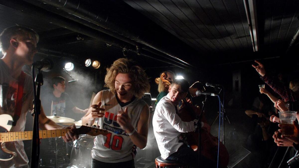 Her er bandet i aksjon på RIP i Porsgrunn ved en tidligere anledning. Nå kommer Honningbarna til Telemark igjen.