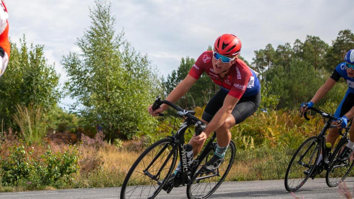 Oskar Myrestøl Johansson seiler opp som et medaljehåp i juniorklassen i NM neste måned. Senere i sommer er det junior-EM i Nederland.