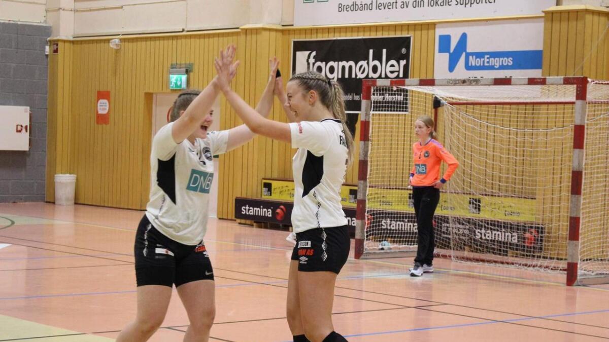 Sortlands jente 16-lag tapte finalen, men var godt fornøyd med sølvet.