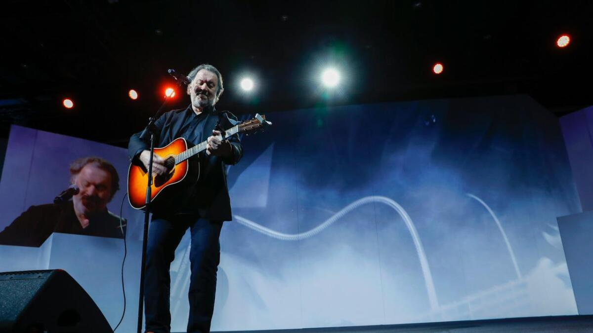Bjørn Eidsvåg spiller på Hove Music Festival.