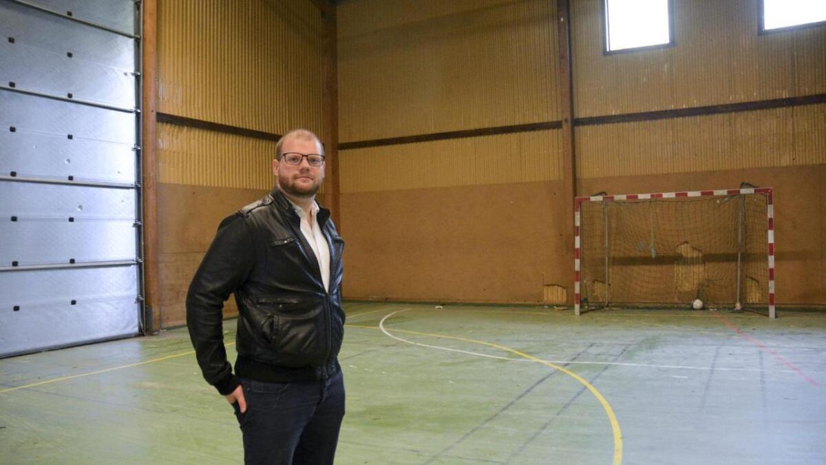 – På tampen før sommaren fekk me heldigvis ein god samtale med Kunnskapsminister Jan Tore Sanner, som har siste ordet på om det vert Folkehøgskule på Stord, skriv Geir Angeltveit (biletet).