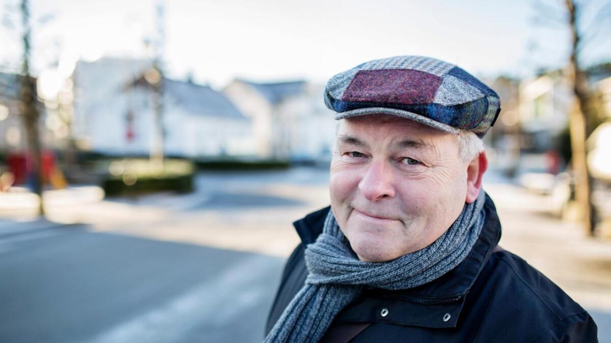 «Songane, orda og eg» har Atle Hansen kalla programmet som samanfattar hans 50 år som songar, låtskrivar og forfattar.