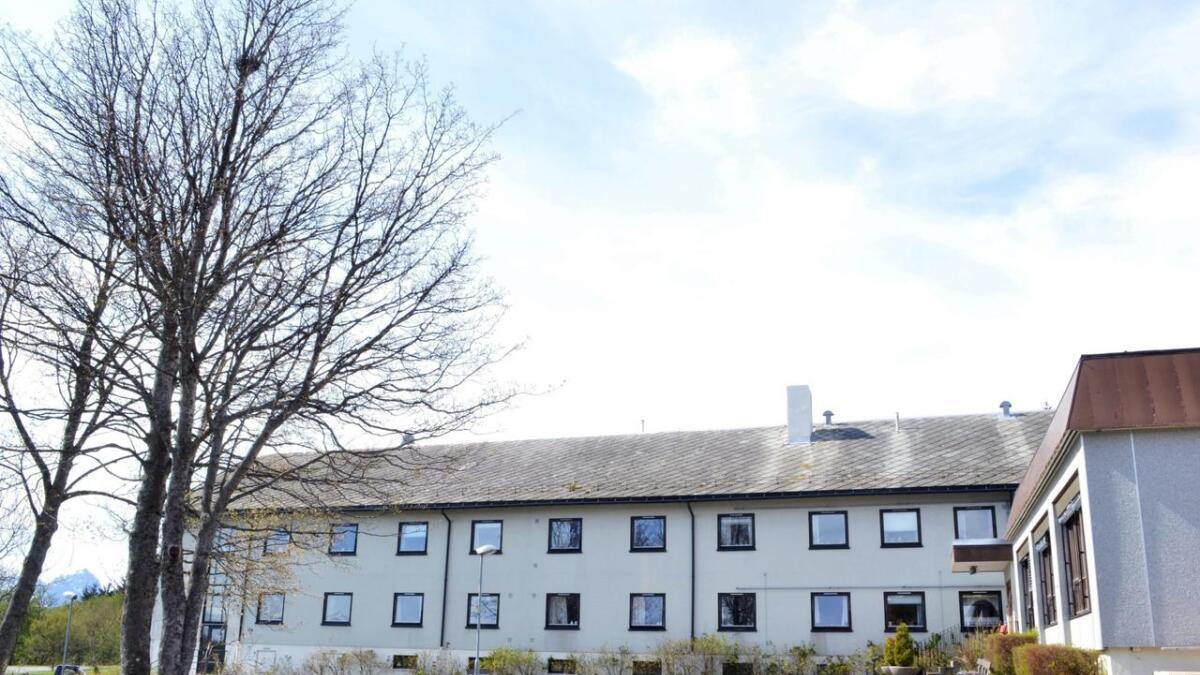 Det tidligere sykehjemmet på Ekren rives.