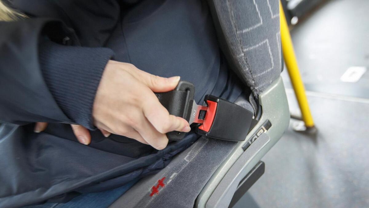 Statens vegvesen besluttet å gjennomføre nye beltekontroller etter at færre svarte at de brukte belte i buss. 661 passasjerer ble ilagt en bot under en landsdekkende kontroll i forrige uke.