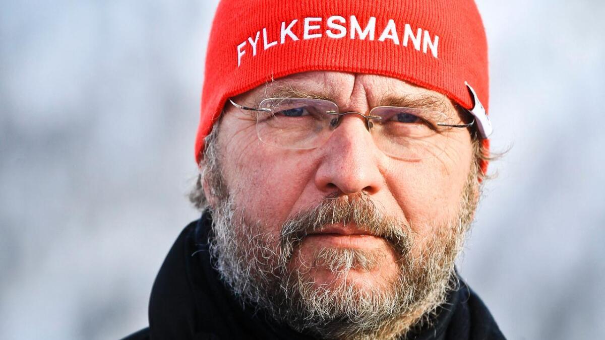I dag vart det klart at Lars Sponheim held fram som fylkesmann i Hordaland, men på mellombels basis.