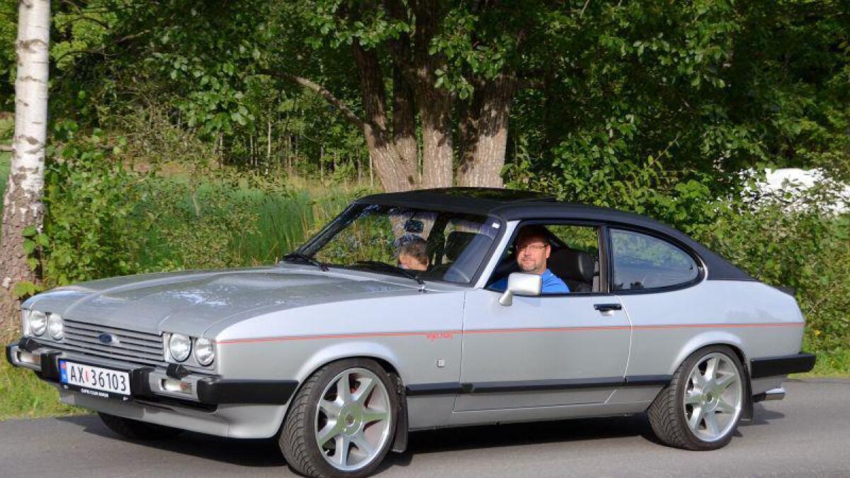 Knut Inge Berges Ford Capri oser av det glade 80-tallet, da man fremdeles kunne få Ford med bakhjulstrekk og vinyltak. Dette er tredje generasjon Capri, og kalles derfor Mk III (Mark III). Den ble produsert i store antall mellom 1978 og 1986, men Berges bil har spesifikasjoner som gjør den langt mer sjelden enn de fleste andre.